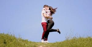couple-1363982_640